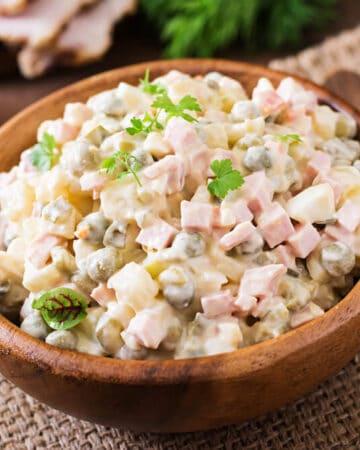 How to Make Potato Salad with Mayonnaise